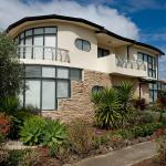Hotel Pictures: Villa de Marseilles - Melbourne, Point Cook