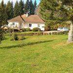 Hotel Pictures: Le Paddock, Saint-Agnant-de-Versillat