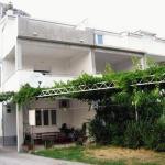Apartment Omis 2726a,  Omiš