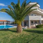 Villa Paradise in Lagonissi,  Lagonissi