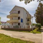 Apartments Ana-Marija, Privlaka