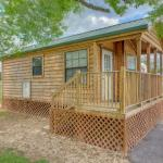 Lake Conroe One-Bedroom Cabin 4, Willis