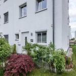 Hotel Pictures: Ferienhaus Nähe Therme Erding, Erding