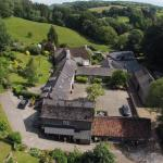 Hotel Pictures: Budleigh Farm Cottages, Moretonhampstead