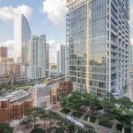 Icon Apartment,  Miami