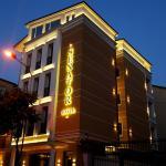 Senator Hotel, Tirana