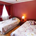 Hotel Pictures: Hostal Whay Hau, Santa Cruz