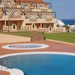 Hotel Pictures: Apartment in Mijas Costa 100610, Mijas
