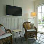Hotel Pictures: Ballen Badehotel Annex, Samsø