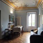 Casa Azzurro Pervinca, Finale Ligure