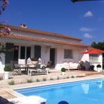 Hotel Pictures: La Maison du Murier, Caveirac