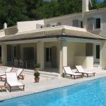 Hotel Pictures: Villa Pernes les Fontaines, La Roque-sur-Pernes