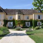 Hotel Pictures: Château Le Tour - Chambres d'Hôtes, Faux
