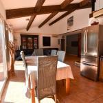 Hotel Pictures: Calasa, Tarascon