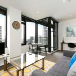 Melbourne Fully Self Contained Modern 1 Bed Apartment (4505a),  Melbourne