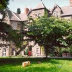 Hotel Pictures: Brynhonddu Country House B&B, Abergavenny