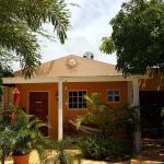 Brisas Studio Apartments, Palm-Eagle Beach