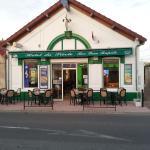 Hotel Pictures: Hotel du siecle, Cercy-la-Tour