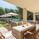 Hotel Pictures: Four-Bedroom Apartment in Mallorca with Pool XX, Cielo de Bonaire