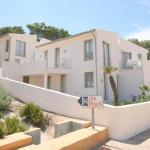 Hotel Pictures: Three-Bedroom Apartment in Mallorca with Pool VIII, Cala de Sant Vicent