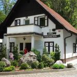Hostel Pograjski dom,  Polhov Gradec