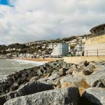 Hotel Pictures: June Cottage, Ventnor