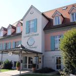 Hotel Pictures: Landgasthof Gut Deutenhof, Bad Abbach