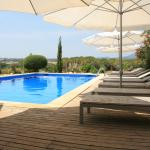 Hotel Pictures: Can Patiras B&B, Cistella