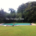 The Twisted Tree, Kurunegala