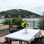 Waterfront Apartments, Tisno
