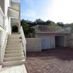Boze apartments near the beach,  Trogir