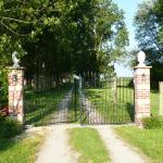 Hotel Pictures: Paardenhof Guesthouse, Esquelbecq