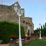 Hotel Pictures: Can Mateu de La Creu - Adults Resort, Cruïlles