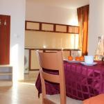 Foto Hotel: Apartments Elena, Pomorie
