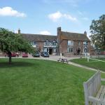 Hotel Pictures: Lower Lode Inn, Tewkesbury