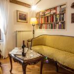 Santa Croce beautiful apartment, Florence
