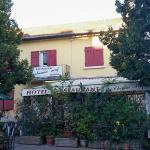Hotel Pictures: Le Chemin Neuf, Gréoux-les-Bains