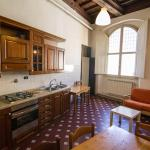 Apartment with frescoed ceilings - City Center, Florence