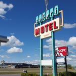 Hotel Pictures: Safari Inn Motel, Swift Current