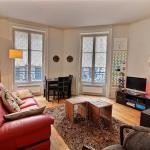 Apartment Chanoinesse - 4 adults, Paris