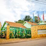 Shangri-la Hotel Muyenga,  Bugolobi
