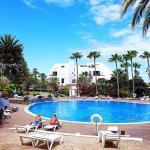 Hotel Pictures: Apartment Las Americas 19ELD20, Arona