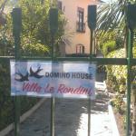 Domino House Villa Le Rondini, Meta