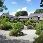 Hotel Pictures: Thyme Cottage at Badgers Sett 408320, Liskeard