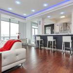 Hotel Pictures: Luxury PH Loft Condo away from home, Mississauga