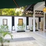 Jupiter Villa close to Double Six Beach, Kuta