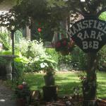 Hotel Pictures: Mansfield Park B&B, Mulmur