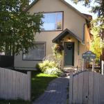 Mountain Home Bed & Breakfast, Banff