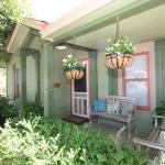 Agape Front Cottage, Fredericksburg