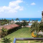 Hotellbilder: Emerald View Two-Bedroom condo - P416, Palm-Eagle Beach